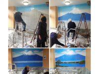 大浴場の壁画制作の様子